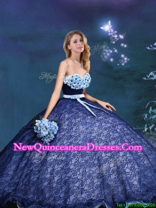 2017 Beautiful Applique and Bowknot Laced Quinceanera Gown in Royal Blue