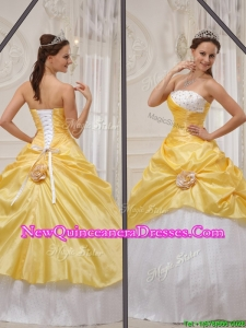 Modern 2016 Yellow Strapless Quinceanera Gowns with Beading