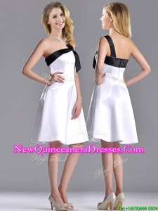 Exquisite One Shoulder Satin Short Dama Dress in White and Black