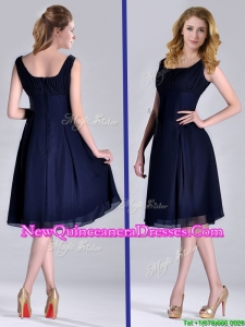 Latest Square Empire Chiffon Navy Blue Dama Dress with Ruching