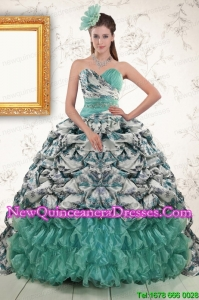 2015 Beautiful Turquoise Sweep Train Quinceanera Dresses with Beading and Picks Ups