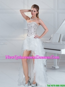 2015 High Low Sweetheart White Dama Dresses with Ruffles and Beading