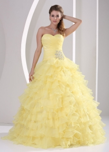Light Yellow Ruffles Sweetheart Appliques and Ruch Quinceanera Gowns For Military Ball