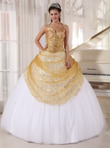 Informal Champagne and White Quinceanera Dress Spaghetti Straps Tulle and Sequin Appliques Ball Gown
