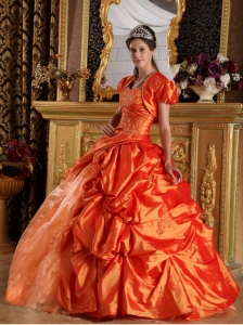 Luxurious Orange Quinceanera Dress Sweetheart Appliques Taffeta Ball Gown