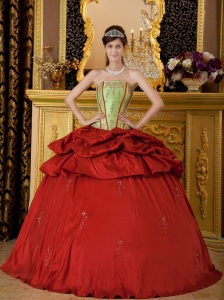 Remarkable Red Quinceanera Dress Strapless Appliques Taffeta Ball Gown