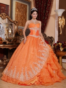 Gorgeous Orange Red Quinceanera Dress Sweetheart Organza Beading Ball Gown
