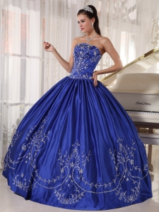 Popular Quinceanera Dress Strapless Satin Embroidery Ball Gown
