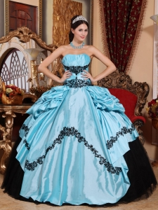 Simple Baby Blue and Black Sweet 16 Dress Strapless Taffeta Appliques Ball Gown
