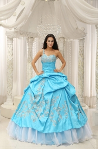 Aqua Blue One Shoulder Embroidery Decorate Quinceanera Dress With Organza
