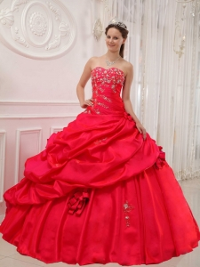 Beautiful Red Quinceanera Dress Sweetheart Taffeta Appliques Ball Gown