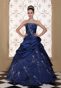 Exclusive Quinceanera Dress With Embroidery For Strapless Navy Blue Gown