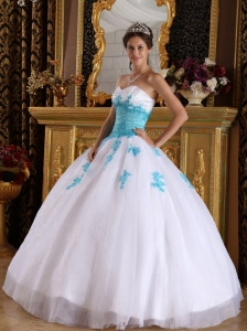 Elegant White and Blue Quinceanera Dress Sweetheart Appliques Organza Ball Gown
