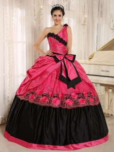 Hot Pink One Shoulder In Arcadia California For 2015 Quinceanera Dress With Bowknot and Appliques