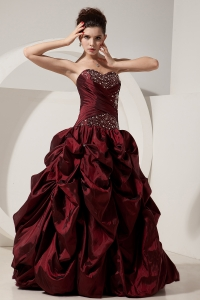 Perfect Burgundy Prom Dress A-line / Princess Sweetheart Beading Floor-length Taffeta