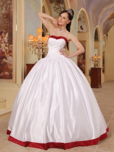 2013 White Sweetheart Floor-length Satin Quinceanera Dress Lace-up