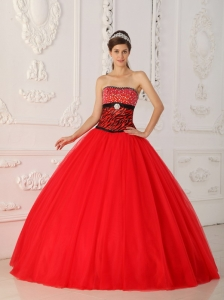 Sexy Red Quinceanera Dress Strapless Tulle and Zebra Beading A-line / Princess