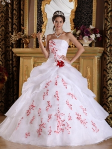 Wonderful White Quinceanera Dress Strapless Organza Appliques A-Line