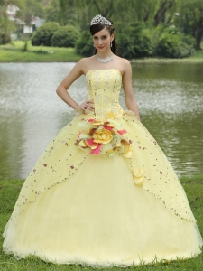 Appliques Embroidery and Hand Made Flowers Light Yellow Quinceanera Dress For 2013 Strapless Floor-length