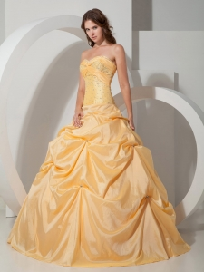 Custom Made Light Yellow Quinceanera Dress Taffeta Beading