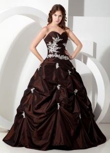 Customize Brown Sweetheart Quinceanera Dress with Appliques