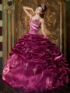 Exquisite Burgundy Quinceanera Dress Straps Taffeta Beading Ball Gown
