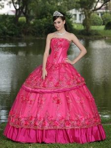 Hand Made Flowers and Beading Floor-length Taffeta Modest Style For 2015 Quinceanera Dress