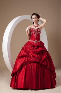 Red A-line Sweetheart Floor-length Taffeta Appliques Quinceanera Dress