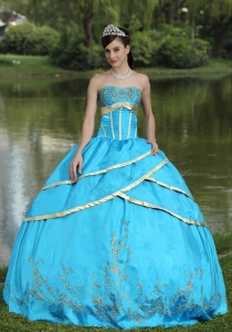 Taffeta and Satin Embroidery Blue 2015 Quinceanera Gowns Designer