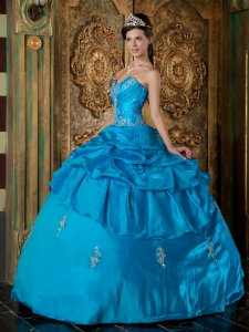 Elegant Sky Blue Quinceanera Dress Sweetheart Taffeta Appliques Ball Gown