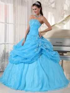 Lovely Baby Blue Quinceanera Dress Strapless Organza Appliques Ball Gown