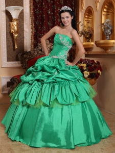 Low Price Green Quinceanera Dress Strapless Taffeta Appliques Ball Gown