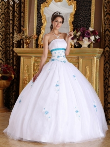 Vintage White Sweet 16 Dress Strapless Satin and Tulle Appliques Ball Gown