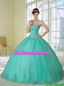 2015 Appliques and Beading Quinceanera Dress in Apple Green