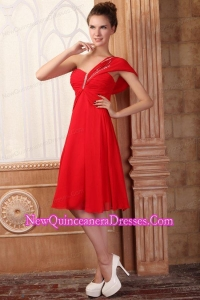Low Price Empire One Shoulder Red Dama Dresseswith Beading