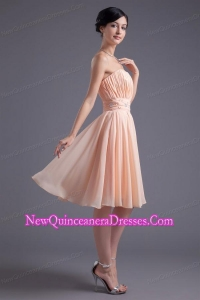 Elegant Empire Strapless V-neck Knee-length Chiffon Peach Dama Dress for Quinceanera with Beading