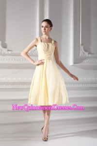 Empire Light Yellow Knee-length Short Dama Dresses with Ruching