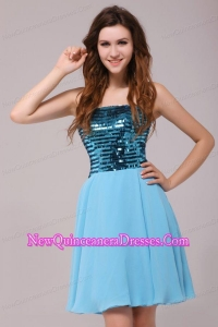 Empire Sequins Strapless Knee-length Light Blue Dresses for Dama