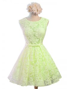 Pretty Yellow Green Lace Lace Up Scoop Sleeveless Knee Length Court Dresses for Sweet 16 Belt