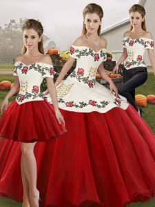 Trendy White And Red Sleeveless Floor Length Embroidery Lace Up Sweet 16 Dresses