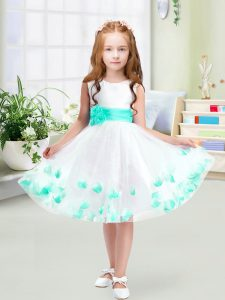 Custom Fit Knee Length White Little Girls Pageant Dress Wholesale Scoop Sleeveless Zipper