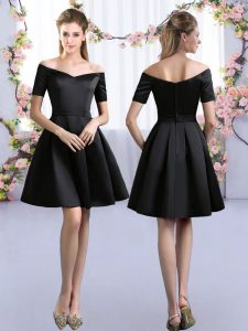 Off The Shoulder Short Sleeves Vestidos de Damas Mini Length Ruching Black Satin