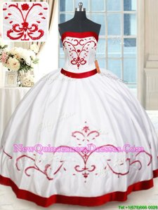 Lovely Floor Length Ball Gowns Sleeveless White and Red 15th Birthday Dress Lace Up
